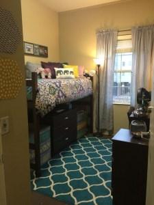 Efficient Dorm Room Organization Decor Ideas 01
