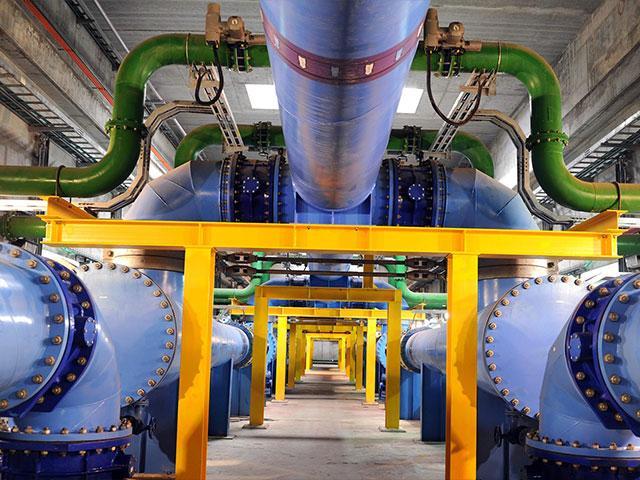 Israeli water treatment plant, Courtesy GPO, Moshe Milner