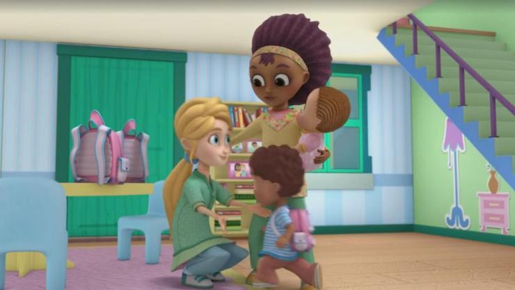Disney leva agenda LGBT para o próximo nível e adiciona romance gay adolescente em nova série infantil 19