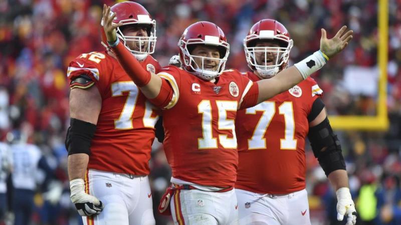 Kansas City Chiefs' Patrick Mahomes celebrate a victory. (AP Photo/Ed Zurga)