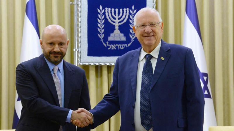 Chatila (left) meets with Rivlin (right): Photo credit: Mark Neiman (GPO)