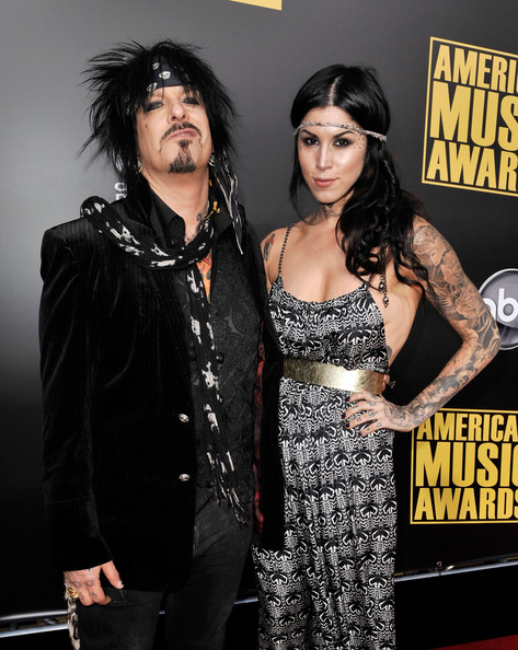 Musician Nikki Sixx (L) and Tattoo artist Kat Von D arrive at the 2008
