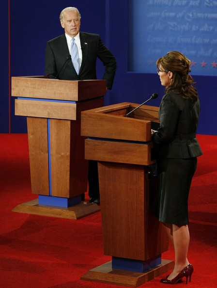 https://i1.wp.com/www1.pictures.gi.zimbio.com/Biden+Palin+Square+Off+VP+Debate+v6A0-2rqDAsl.jpg