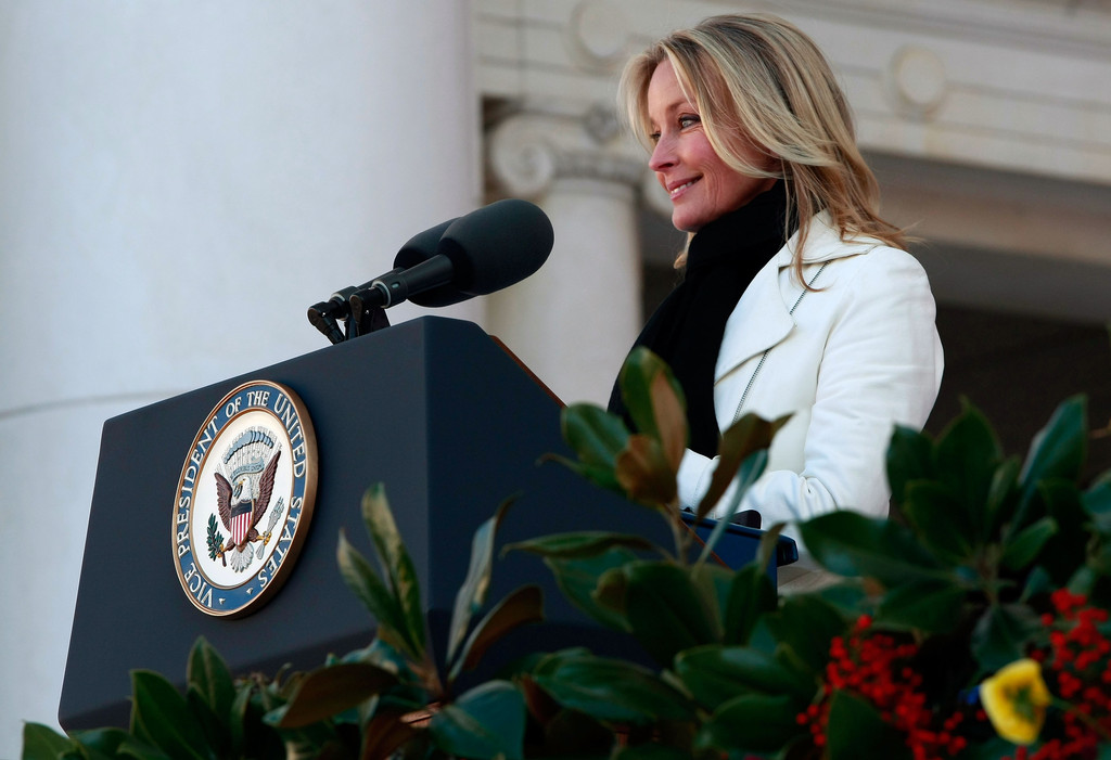 Bo Derek - Cheney Lays Wreath At Arlington To Commemorate Veterans Day