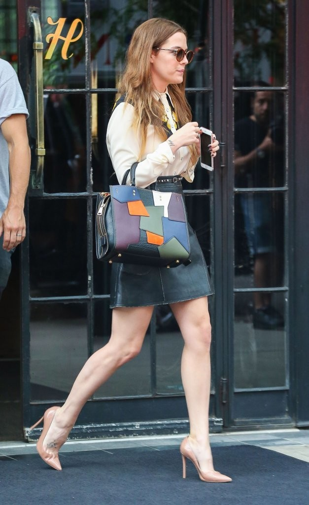 Riley Keough Mini Skirt Mini Skirt Lookbook StyleBistro