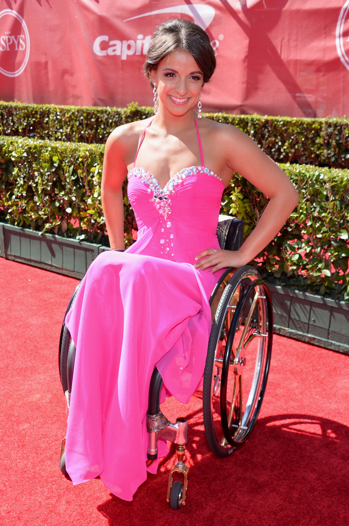 Victoria Arlen In Hot Pink For The 2013 ESPY Awards The