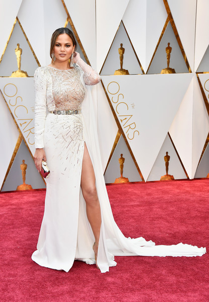 Chrissy Teigen in Zuhair Murad