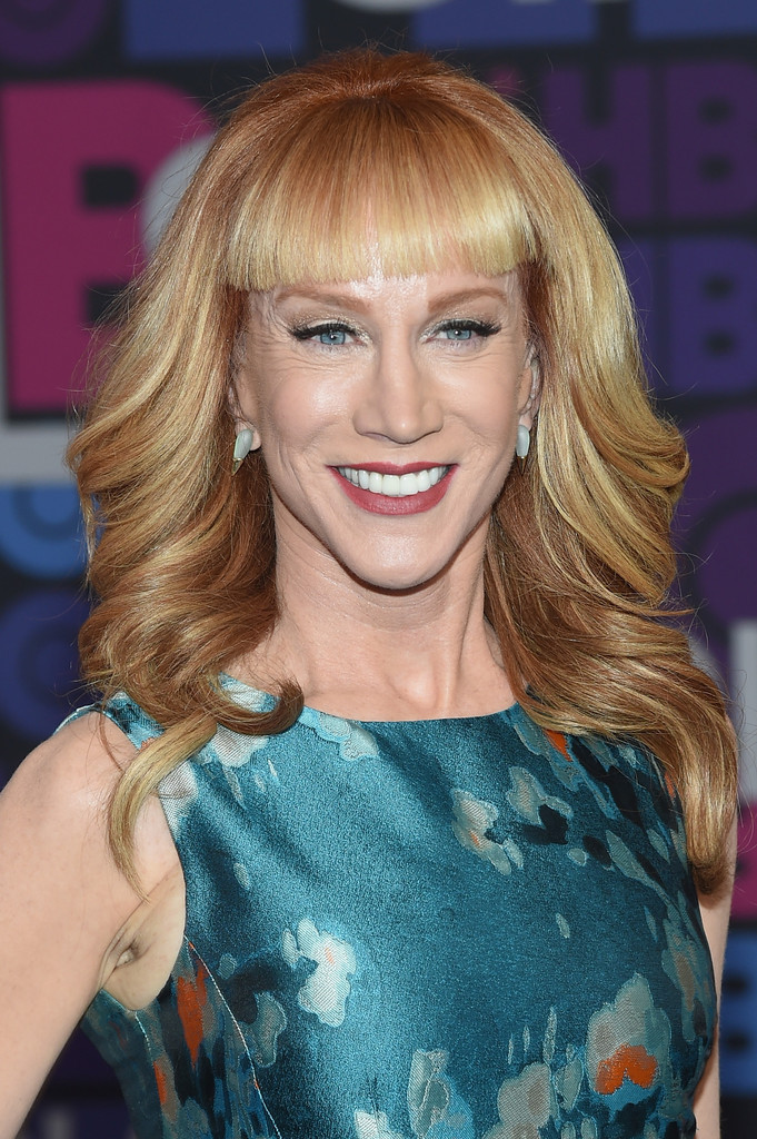 Kathy Griffin Feathered Flip Long Hairstyles Lookbook