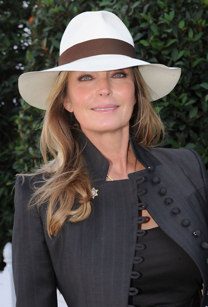 Bo Derek - Bo Derek at the Qatar Prix de l'Arc de Triomphe