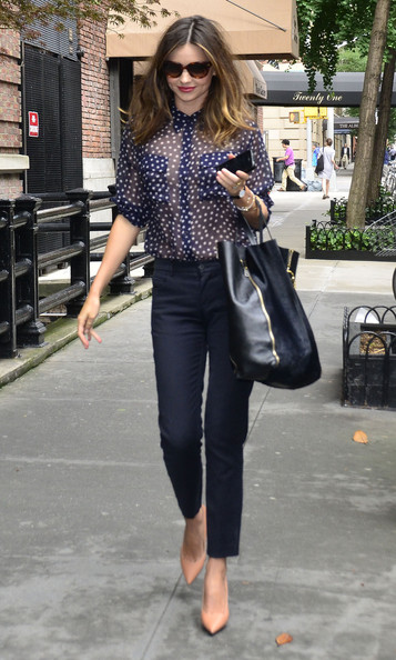 Miranda Kerr - Miranda Kerr Out For A Stroll In New York