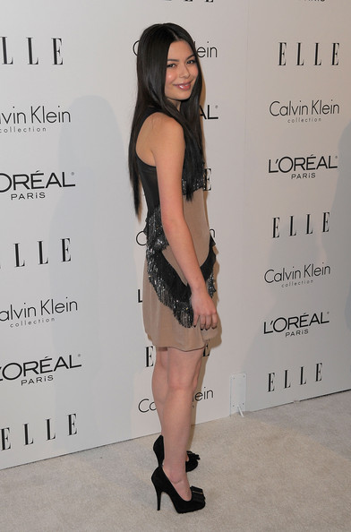 Miranda Cosgrove Actress Miranda Cosgrove arrives at the 16th Annual ELLE Women in Hollywood Tribute at the Four Seasons Hotel on October 19, 2009 in Beverly Hills, California.