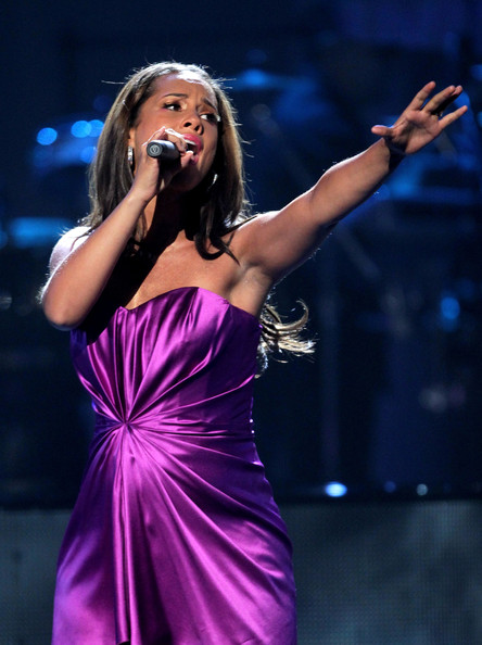 Musician Alicia Keys performs onstage during the 2010 BET Awards held at the Shrine Auditorium on June 27, 2010 in Los Angeles, California.