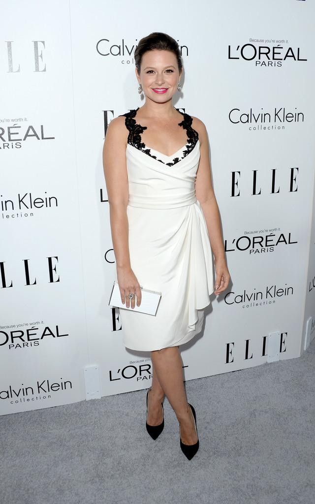 https://i1.wp.com/www1.pictures.zimbio.com/gi/Katie+Lowes+Arrivals+ELLE+Women+Hollywood+X2C30Mh8_Fqx.jpg?resize=640%2C1024