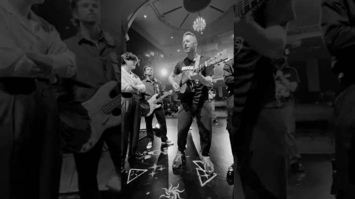 Coldplay X BTS - My Universe (Live at the Apollo Theater) mp3 download