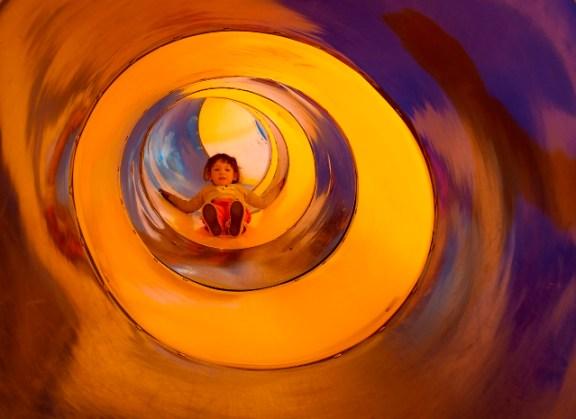 Children's play center, image by Emilio Doiztua
