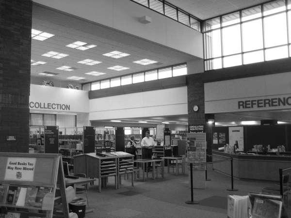 Ramsey County Roseville Library In Roseville, Minnesota By
