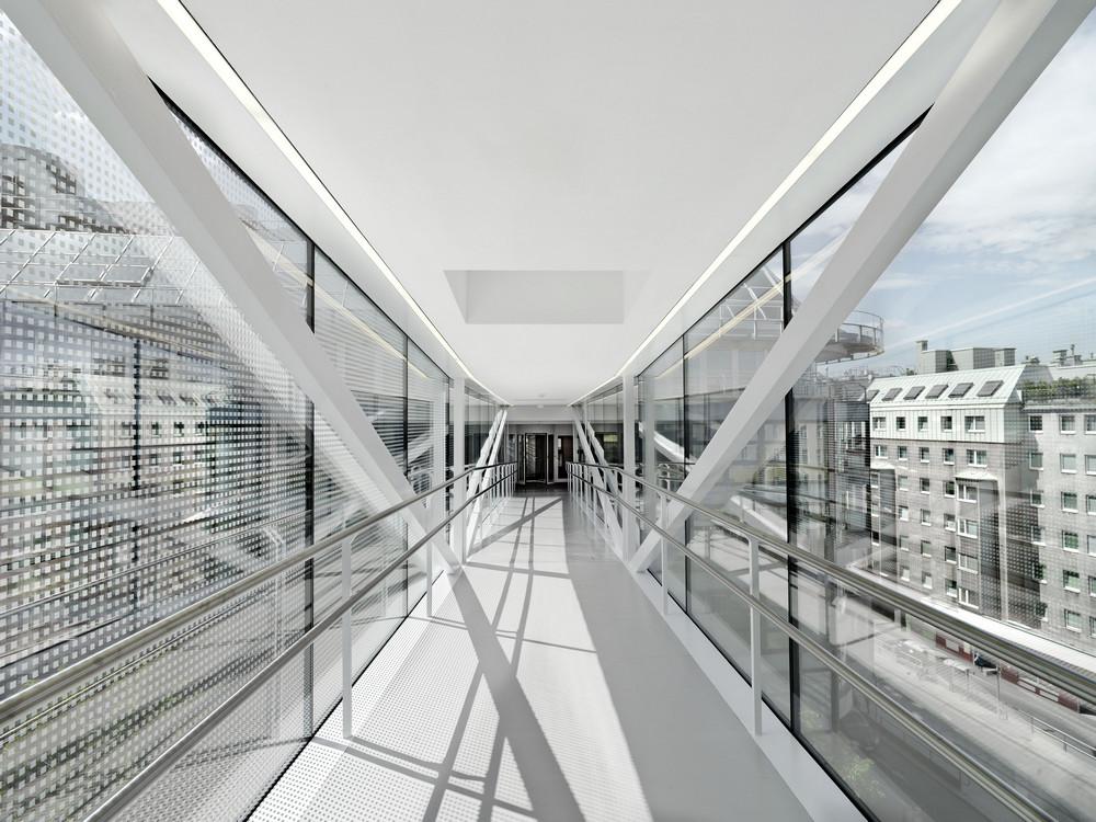Skywalk Rennweg In Vienna Austria By Solid Architecture