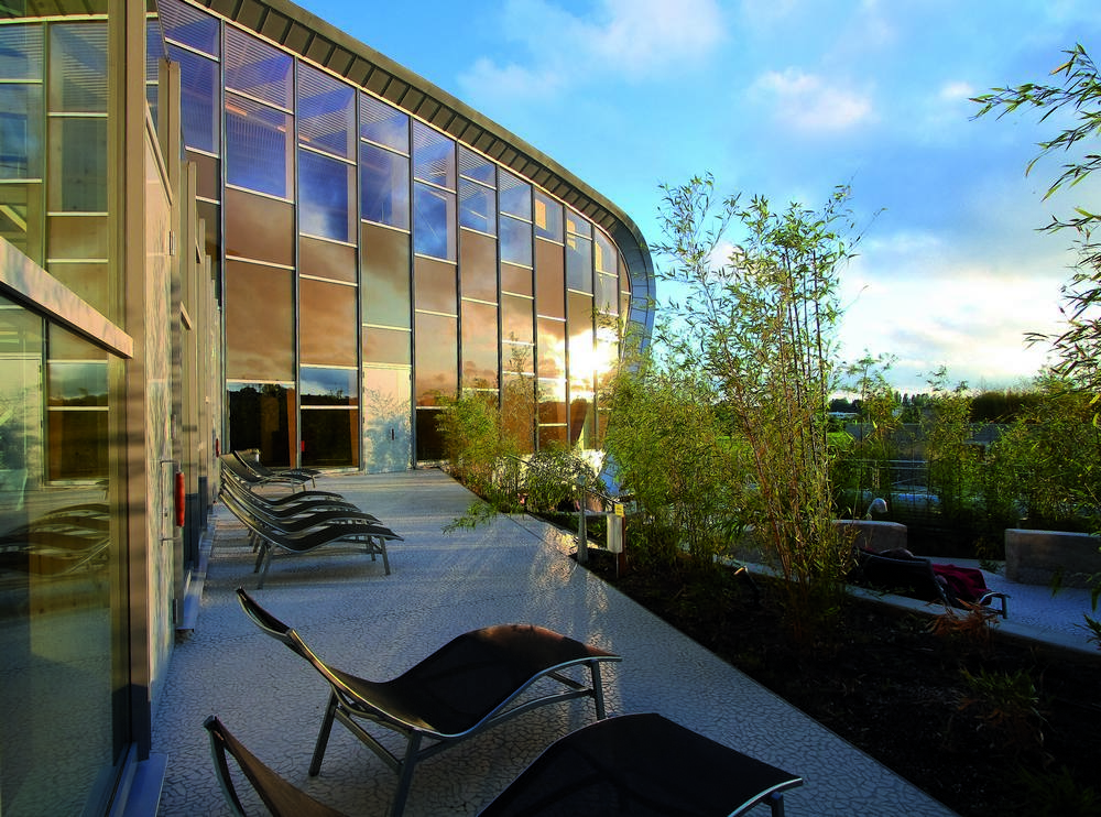 Aeccafe archshowcase les thermes in strassen luxembourg for Piscine les thermes luxembourg