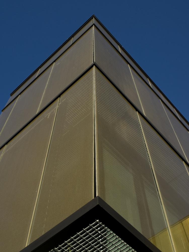 C Quadro Executive Complex In Udine Italy By Sefar