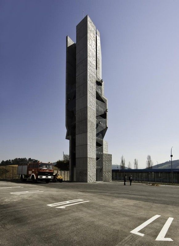 Image Courtesy © Juan Rodríguez and COLL-BARREU ARQUITECTOS