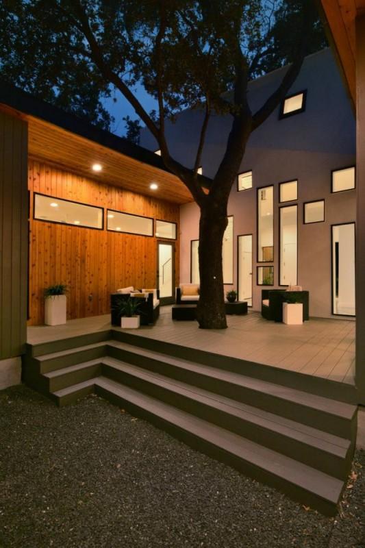 Matt Fajkus MF Architecture Tree House_Exterior Rear 2