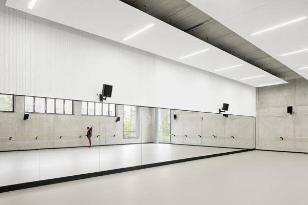 Ballet room, Image Courtesy © Marcus Bredt