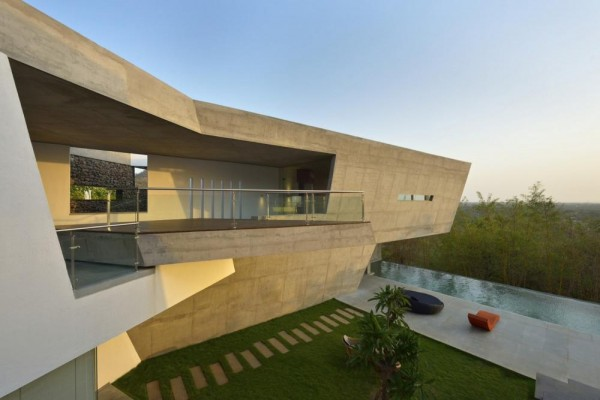 Image Courtesy © Malik Architecture