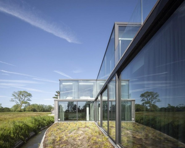 Image Courtesy © Govaert & Vanhoutte Architects