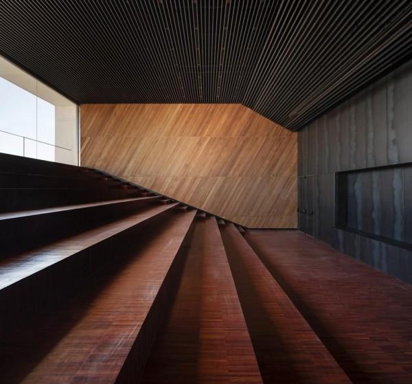 Image Courtesy © MEDIOMUNDO Arquitectos