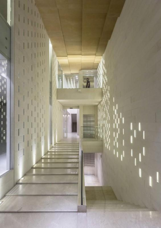 Interior, Image Courtesy © Parham Taghioff