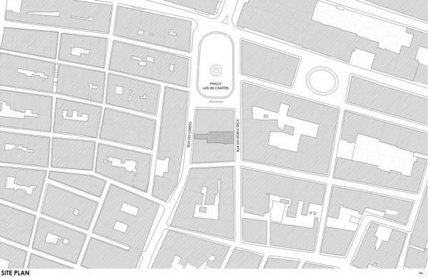 Site plan, Image Courtesy © José Simões Neves gabinete de arquitectura, lda