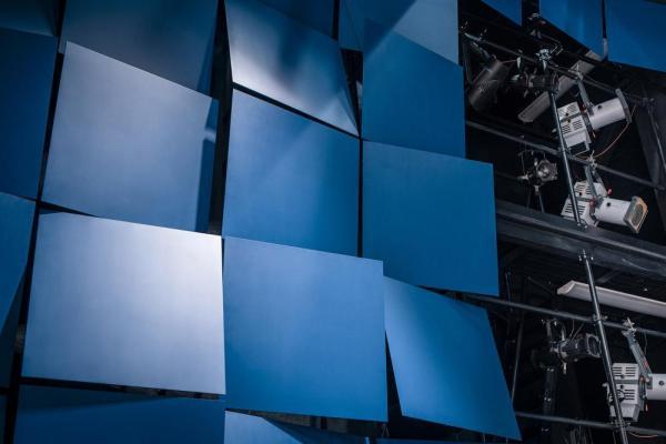 wall modulation detail, large theater hall, Image Courtesy © Tuomas Uusheimo