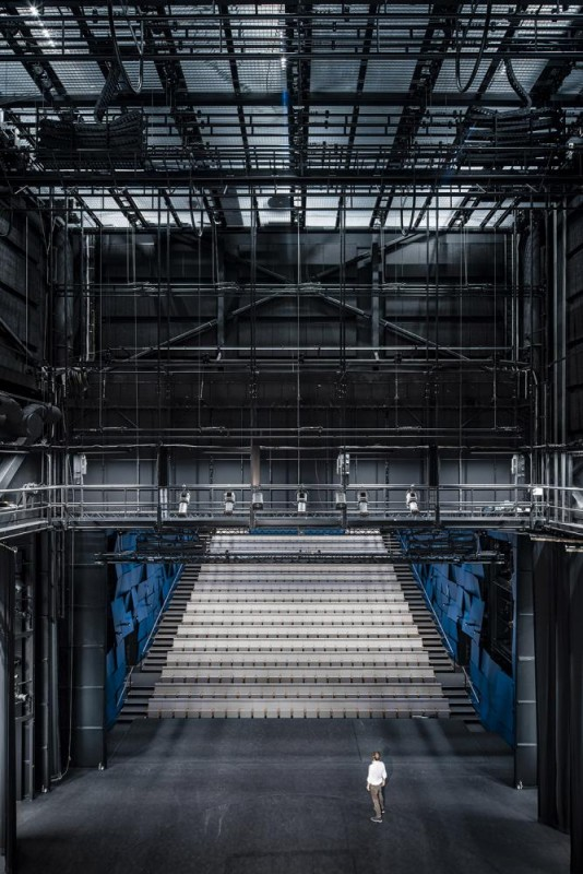 large theater hall, Image Courtesy © Tuomas Uusheimo