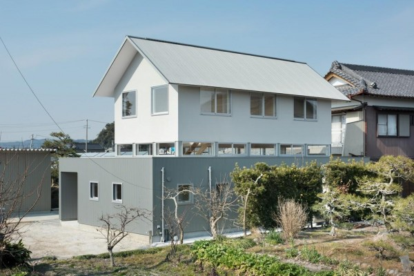 view from south-east side, Image Courtesy © Takumiota