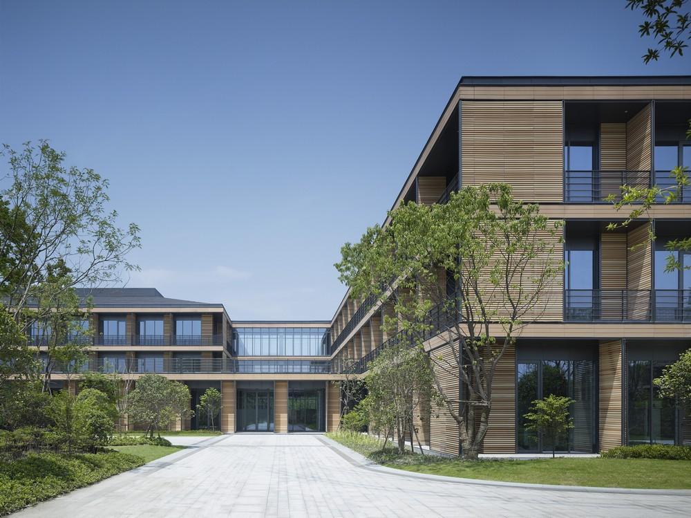 wuzhen medical park in china by gmp architekten von gerkan. Black Bedroom Furniture Sets. Home Design Ideas