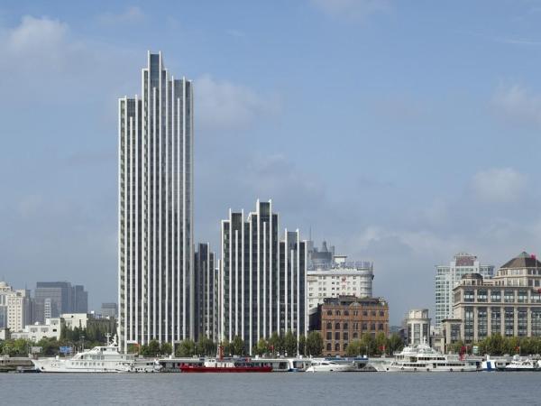 Staggered composition of slab buildings, Image Courtesy © gmp Architekten von Gerkan, Marg und Partner
