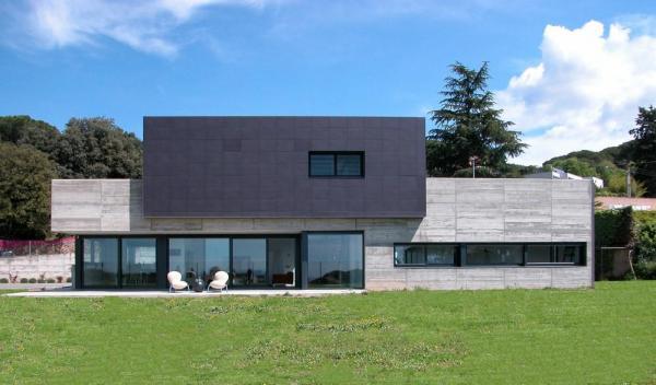 Image Courtesy © blancafort-reus arquitectura