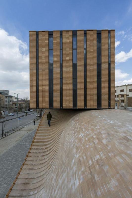 Image Courtesy © Farshad Mehdizadeh Architects