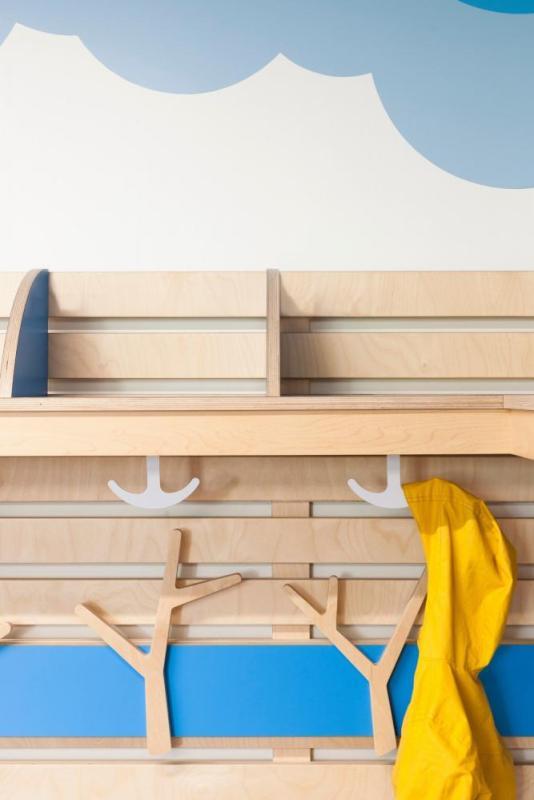 Kindergarten cloakroom, Image Courtesy © Maxime Brouillet