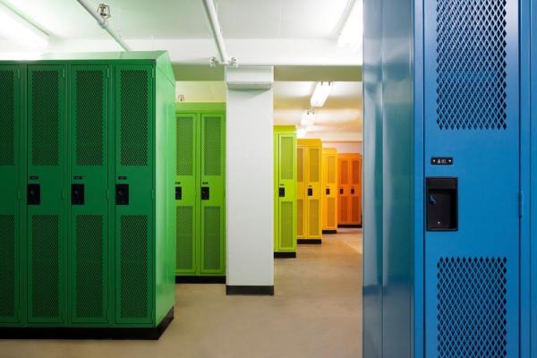 Locker room, Image Courtesy © Maxime Brouillet