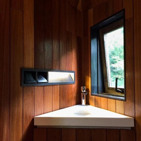 view from bathroom, Image Courtesy © Dai Haifei