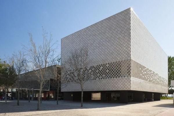Image Courtesy © Campos Costa Arquitetos