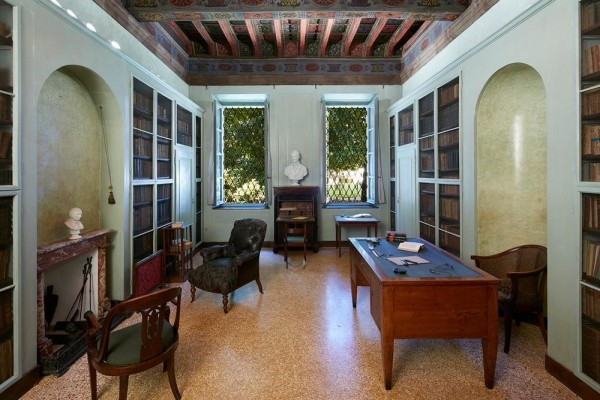 Room 10 - The study by Alessandro Manzoni, Image Courtesy © Mario Carrieri