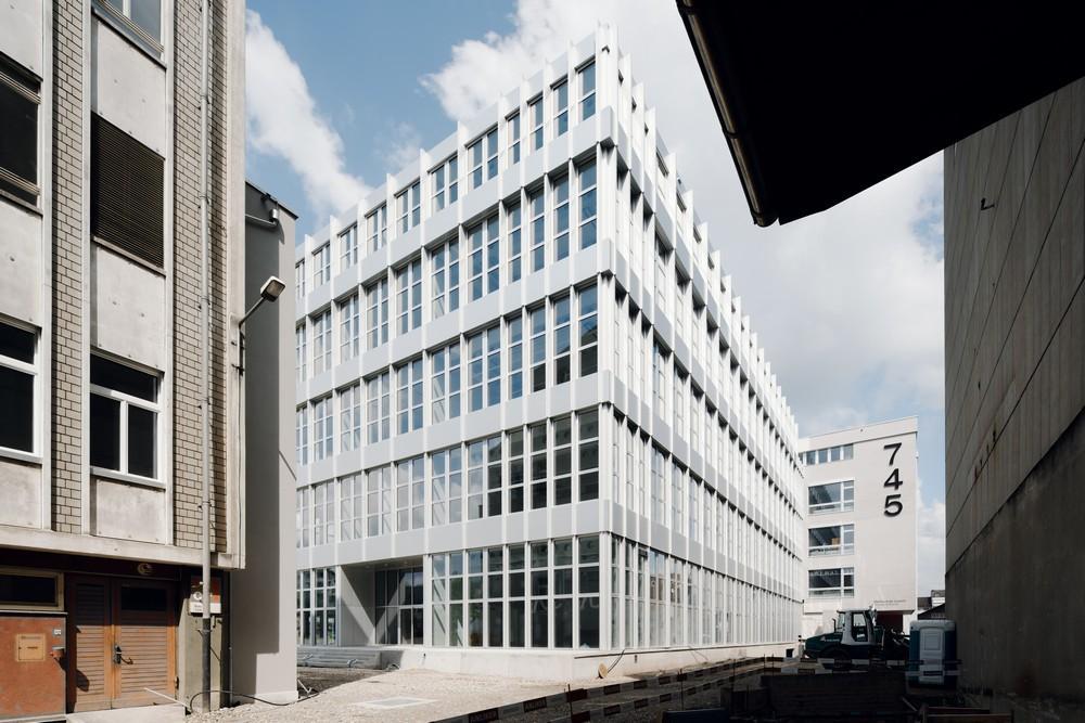 744 Viscosistadt Lucerne University In Emmen Switzerland By