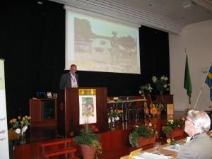 Regionordförande Stig Karlsson hälsar också välkommen