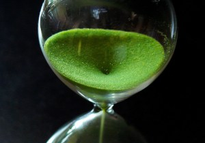 Hour-glass - Rapid weight loss can save lives