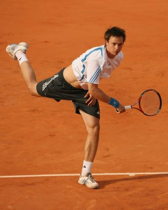 Robin Soderling - Robin Soderling Photos - 2006 French Open - Day ...