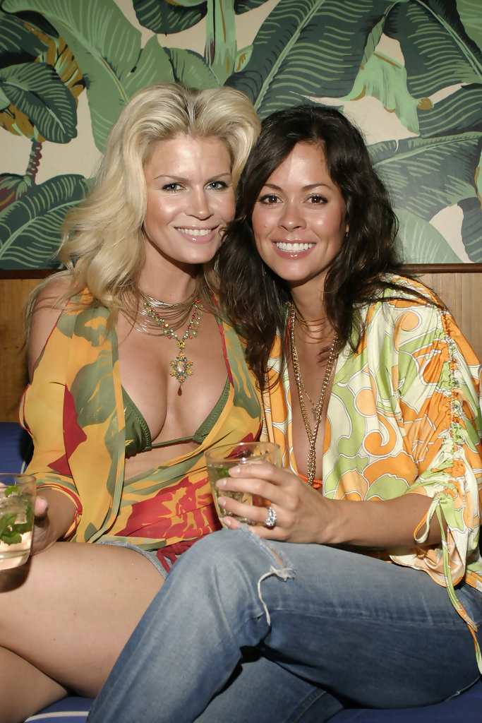 Neriah Davis Brooke Burke Hosts Private Beach Bash At The Maritime Hotel