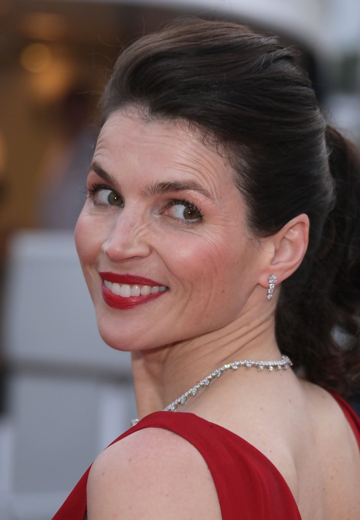 Julia Ormond In Cannes 2008Che Party Arrivals 5 Of 9