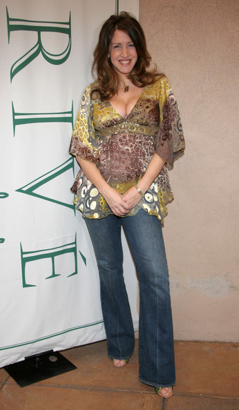 Joely Fisher Joely Fisher attends the 'Cut for A Cure: Prive Salons' Breast Cancer Awareness' fundraising lunch on October 15, 2005 in Los Angeles, California.